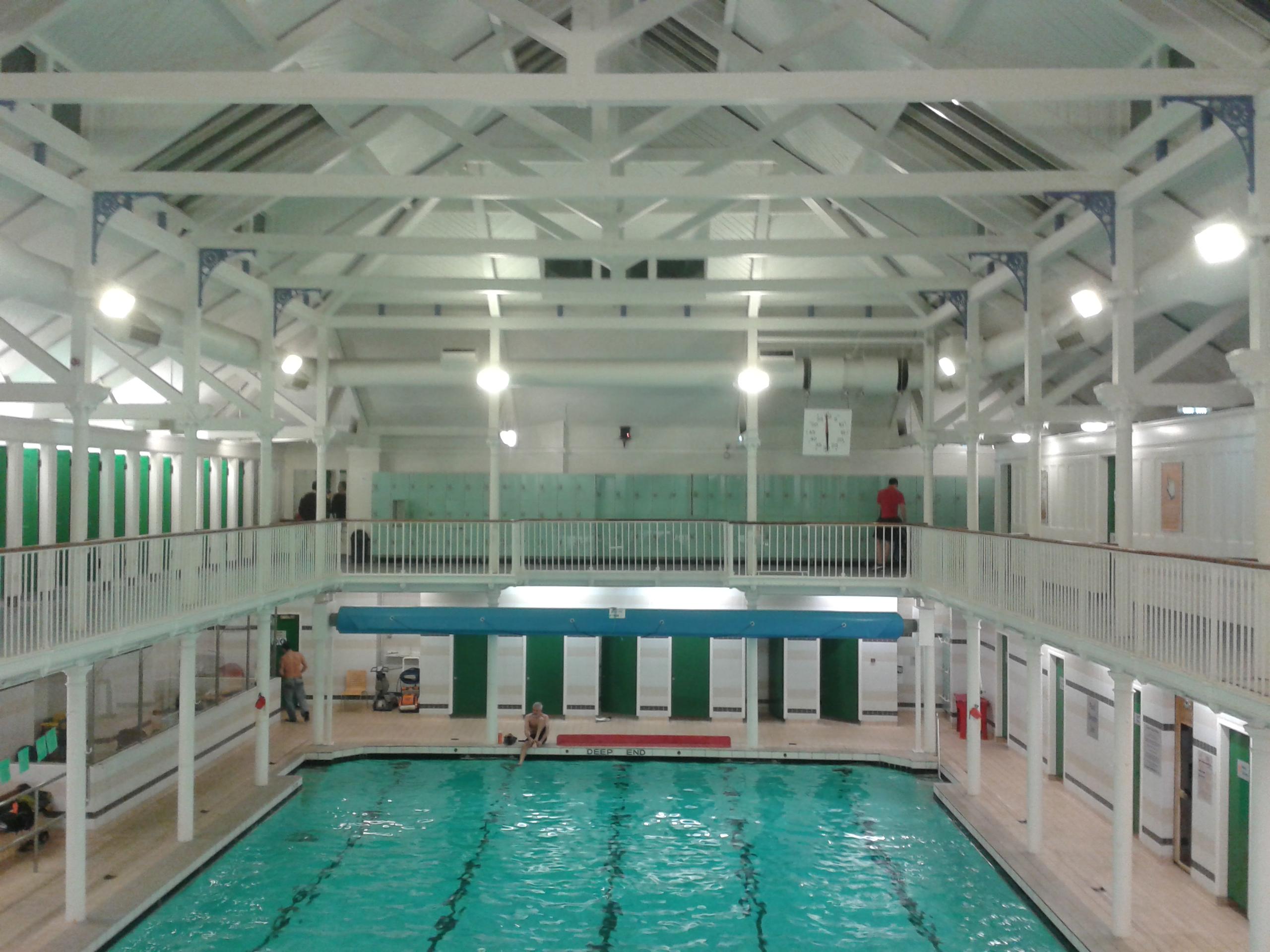 Dalry Swim Centre Zwykłe życie